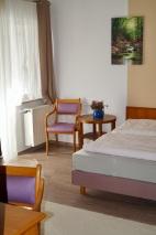 Doppelzimmer mit Balkon 1.OG